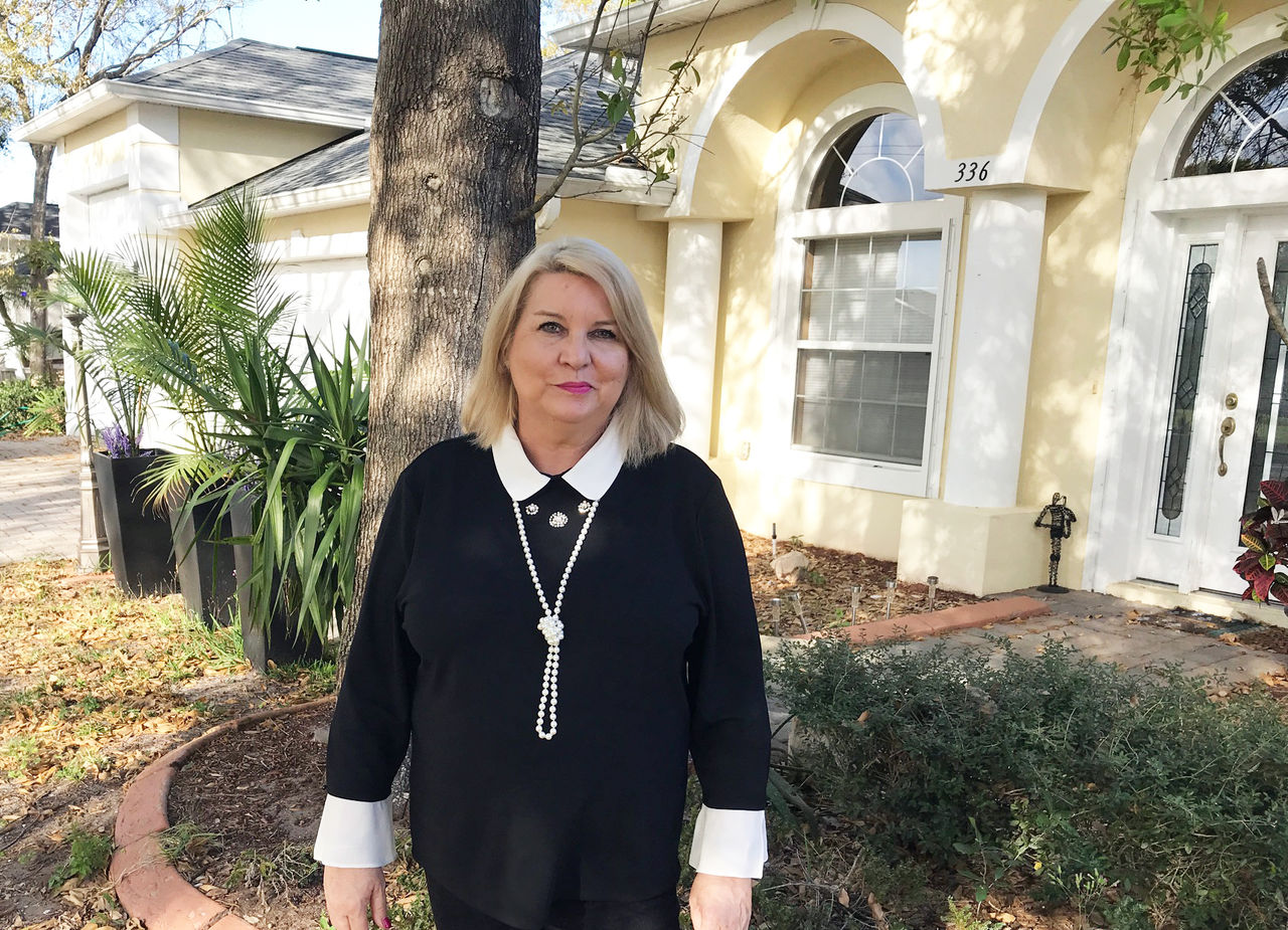 Béatrice Solloway : agent immobilier français sur la Space Coast de Floride : Melbourne, Cocoa Beach, Cape Canaveral...
