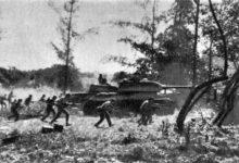 Les chars cubains repoussant l'invasion de la Baie des Cochons par les commandos d'exilés venus de Miami.